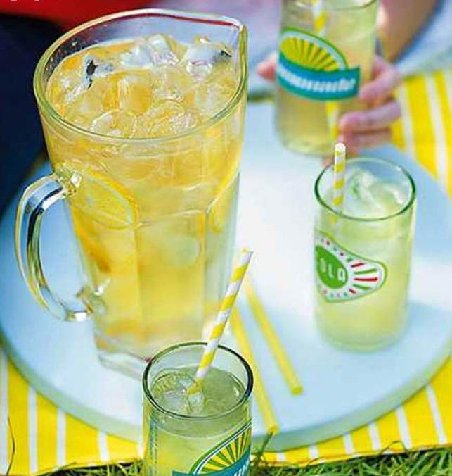 Spiked lemon and gingerade
