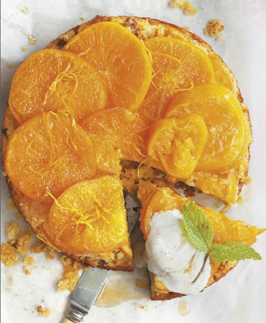 Cardamom and ginger-spiced mandarin and semolina cake