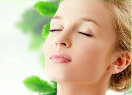 Description: A good skin means a smooth skin without pimple and burnt mark.