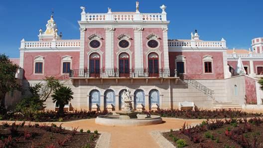 Description: The Palácio also incorporates ones of Portugal's most beautiful churches