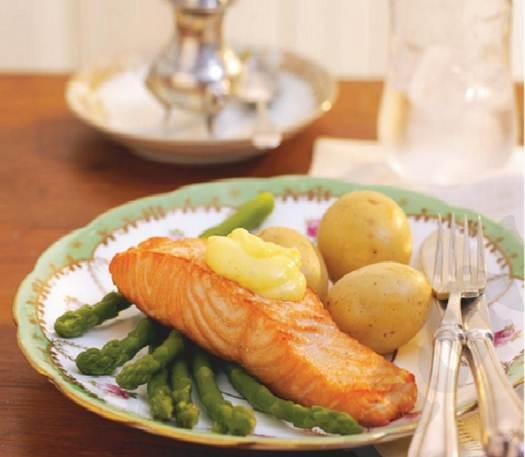 Description: Grilled salmon with asparagus