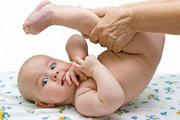 Description: Stroking is a simple but extremely effective way to help babies' brains develop early.