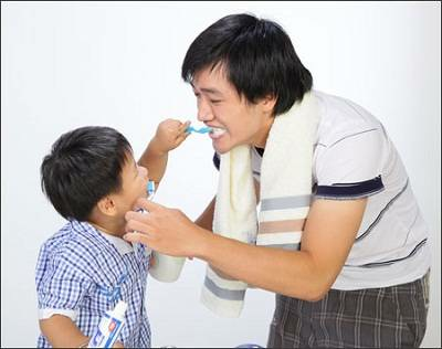 Description: To make babies accept teeth cleaning, you can play dentist game with them.