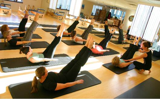 Description: Centre Pilates class