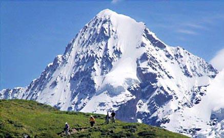 Description: our third stop (907 metres),