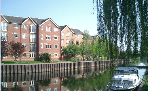 Description: the River Lea