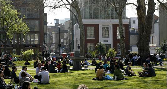 Description: Hoxton square
