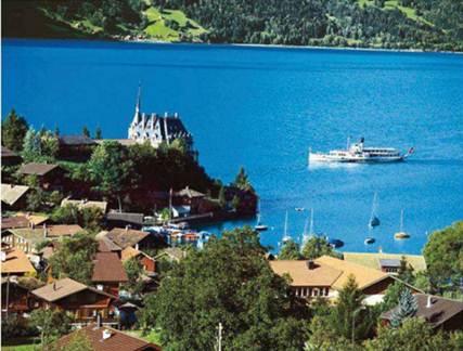 Description: Paddle steamer on Lake Brienz