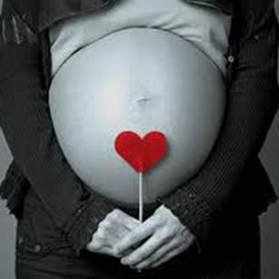 Description: Khám thai theo định kỳ là việc rất quan trọng. (ảnh minh họa)