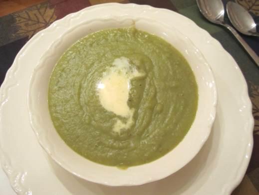 Green-bean porridge is the best porridge to be eaten in summer.