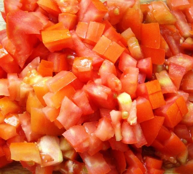 3 tomatoes, chopped
