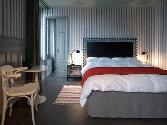 Description: Helvetia hotel