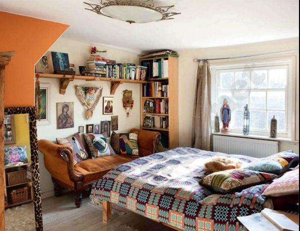 Description: Master bedroom - Carola's own cushions sit on the chaise longue and bed. The bedroom is a wonderful mix of vintage and homespun style