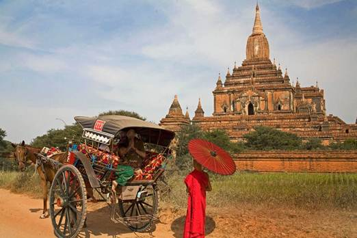Description: Horse cart in Bagan