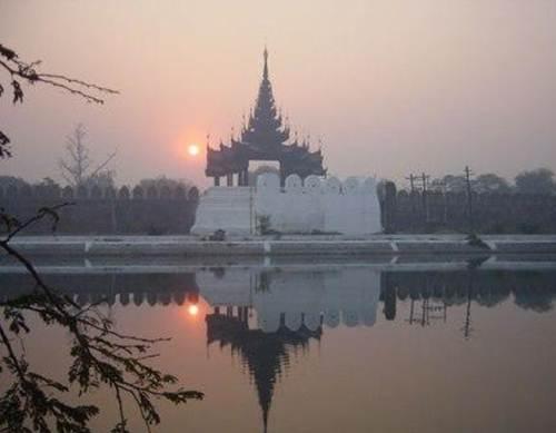 Description: the old royal capitals of Mandalay and Bagan