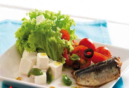 Description: Mediterranean Sardine Salad with Feta & Olives