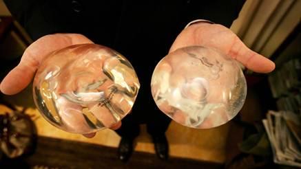 Description: the silicone breast implant