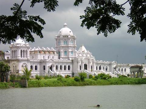 Description: the Ujjayanta Palace