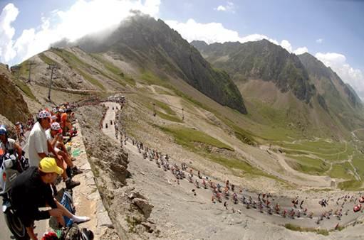 Description: the road that traverses the Col du Tourmalet in the Pyrenees also leads to the Observatoire du Pic du Midi de Bigorre