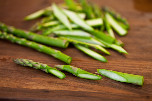 Description: For the sauce, cut the asparagus spears into short lengths