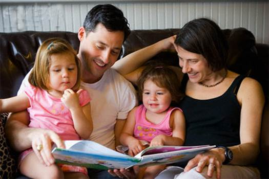 The important changes of 2-year-old children also bring their parents the big happiness.
