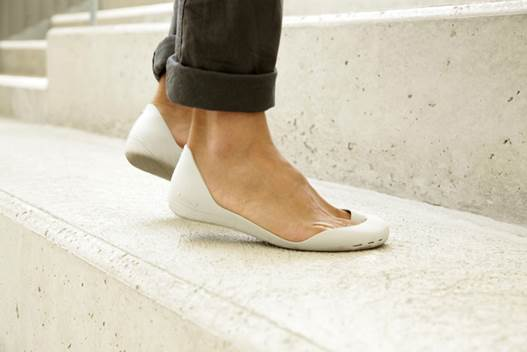 Buy shoes that allow your feet to breathe
