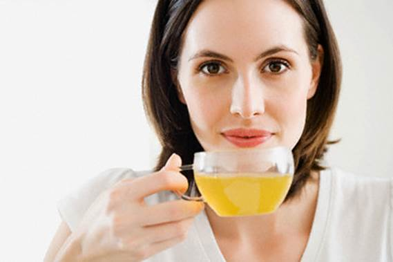 Green tea can help you awake your body and prevent tiredness.