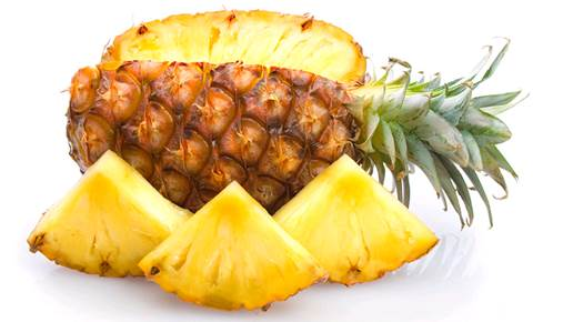 The pineapple is a tropical fruit which has a great content of vitamin C.