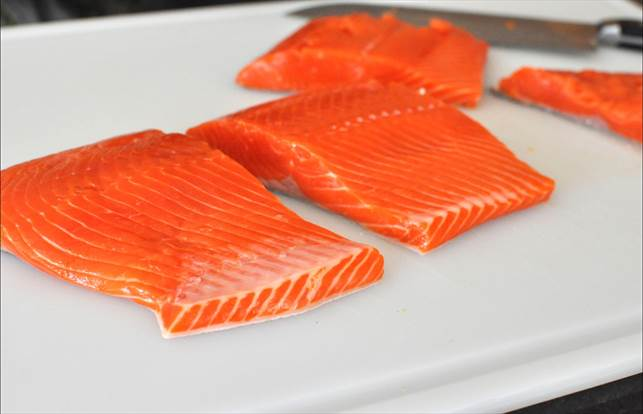 Description: Skinless salmon fillets