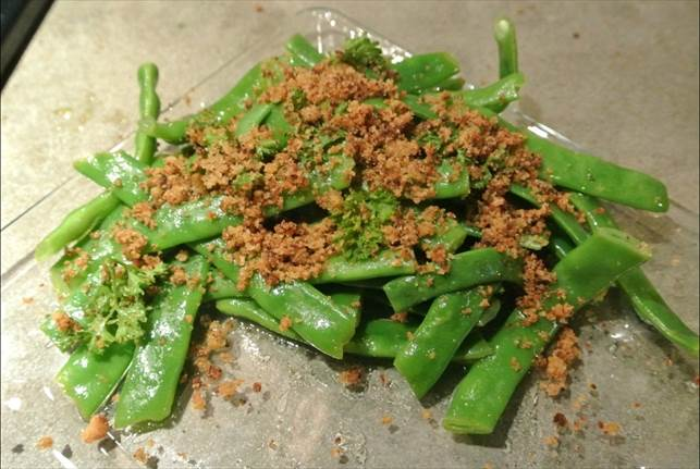 Description: Green beans with breadcrumbs