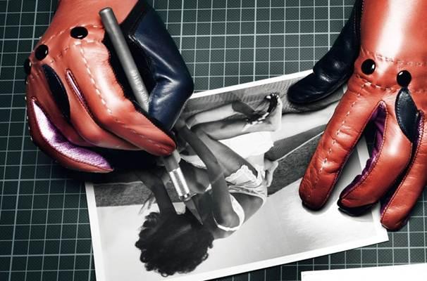 Description: Do bare arms and gloves.