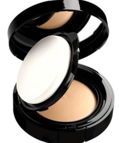Description: Chanel VitaLumière Aqua Compact SPF15, $58.5