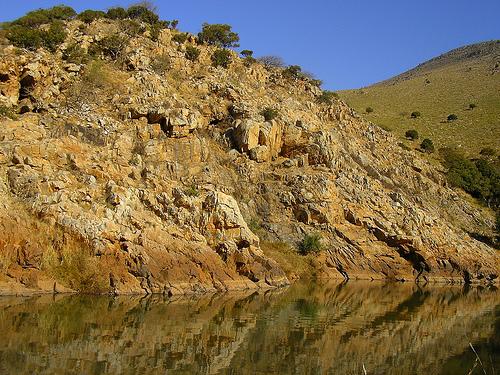 Description: Mahamba Gorge and Mission