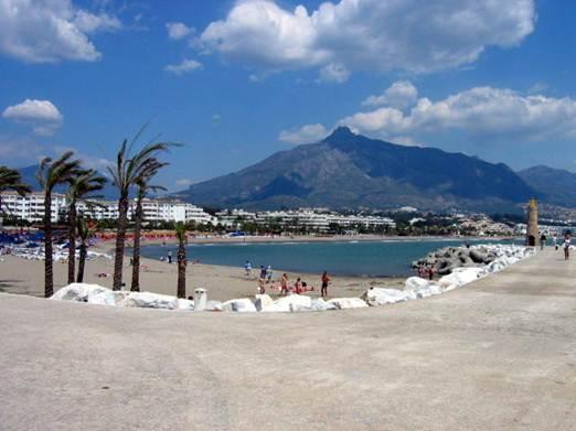 Description: Puerto Banus beach