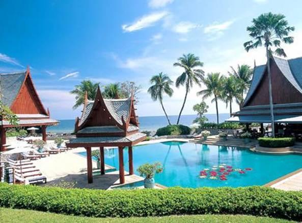 Description: Chiva-Som, Thailand, a luxe-meets holistic-detox resort.