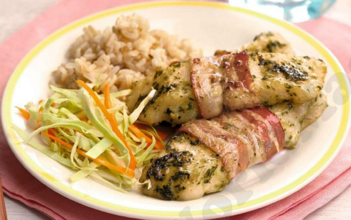 Description: Herby bacon – wrapped fish fillets