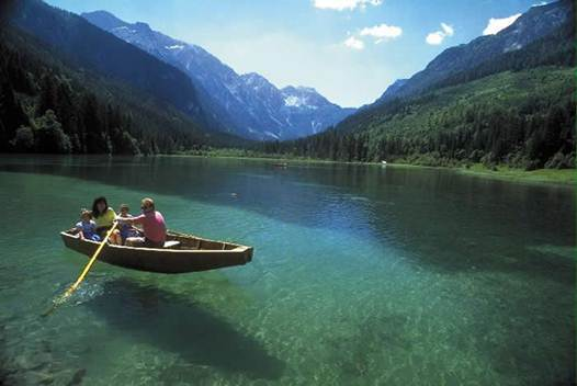 Description: Lake Worth in southern Austria