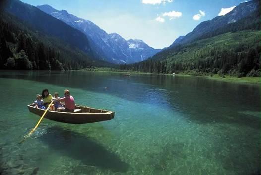 Description: Lake Worth in southern Austria