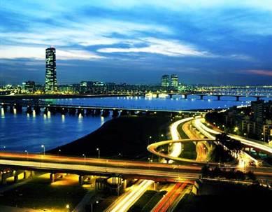 Description: Seoul at night