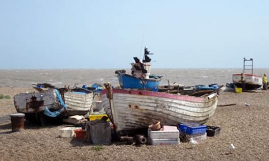 Description: fishing villages fringe the coast