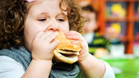 Description: Children having fat bellies and thighs usually look chubby and cute.