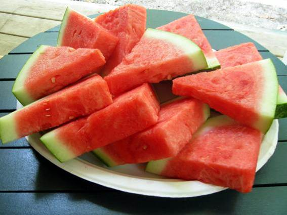 Watermelon is good for people catching diabetes.