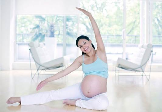 Pregnant women should practice yoga, swimming…