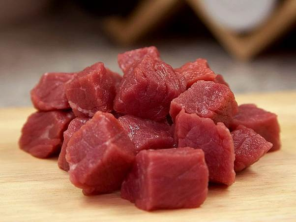 Description: Eating red meat daily can boost your risk of dying young by up to 20 per cent, particularly if it's processed, says a US study in the Archives of Internal Medicine.