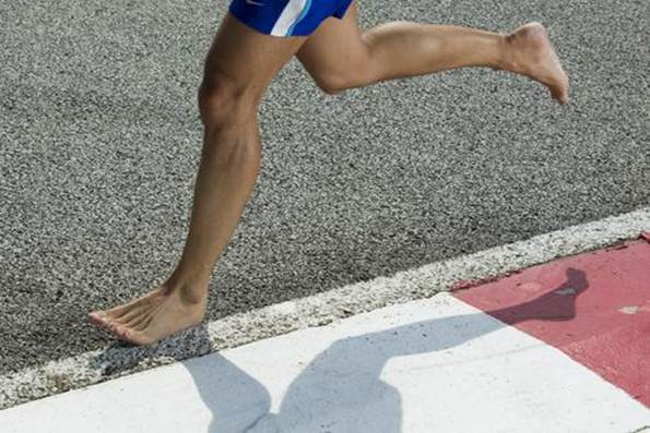 "Description:   ""Currently, there's no conclusive evidence that impact forces during hell-toe running are responsible for development of running-related injuries."""