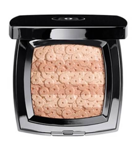 Description: Chanel Les Essentiels de Chanel Lumière d'Artifices Beiges Illuminating Powder with Shimmer ($74)