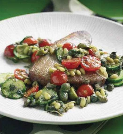 Description: Seared tuna steak with courgettes and capers