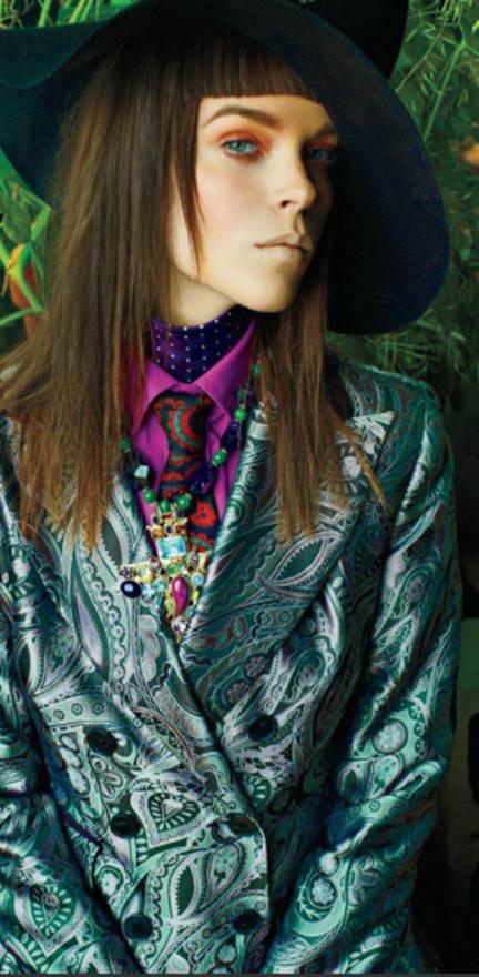 Description: Double-breasted silk-jacquard blazer; Cotton shirt, silk scarf, silk tie, semi-precious-stone and silver pendant necklace and felt hat