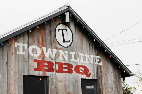 Description: Townline BBQ, Sagaponack