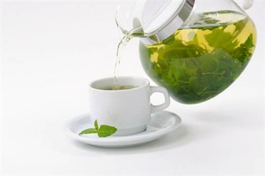 Green tea has a lot of effects such as preventing aging and cancer.